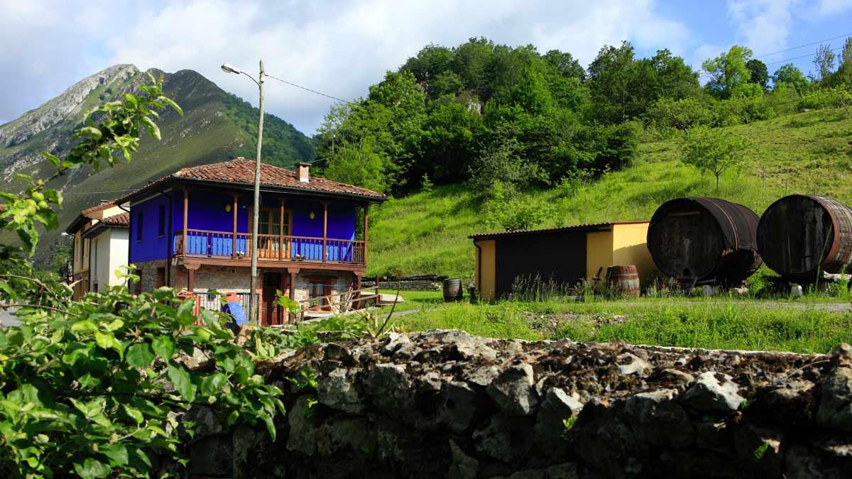Aguas del Sella. Casa con jacuzzi en Asturias