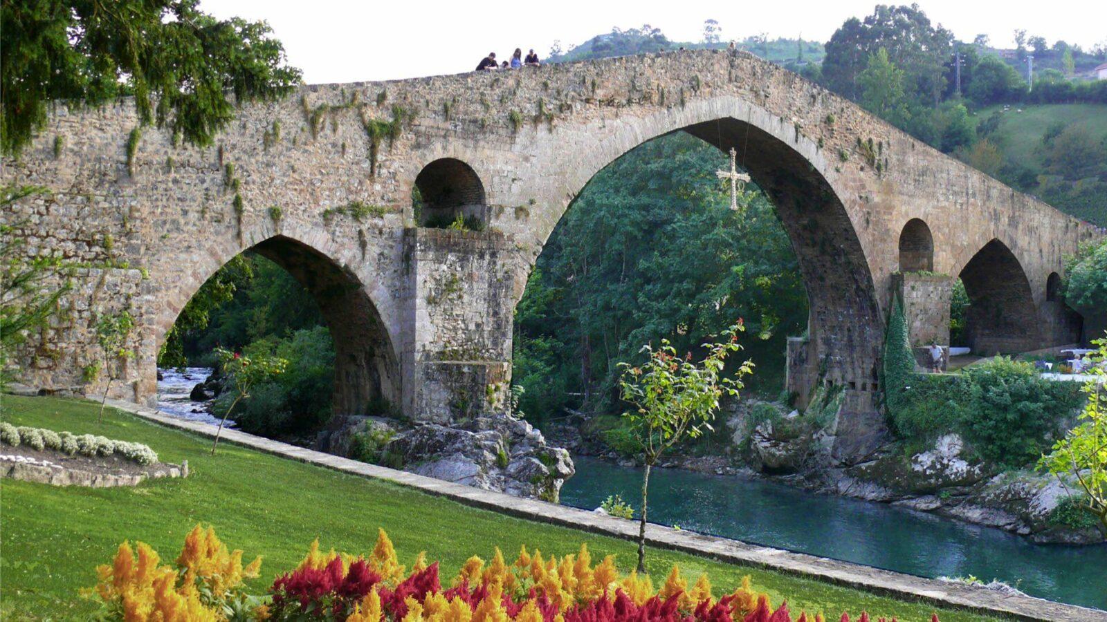 Puente Romano. Cangas de Onís